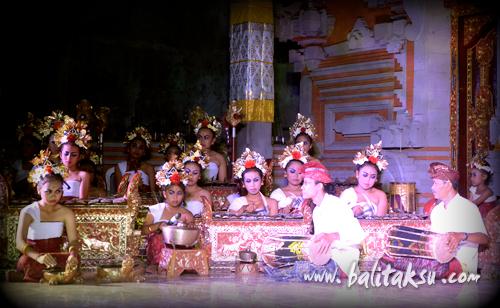 Girls Gamelan Tunas Maragawi, Br.Kalah Odalan