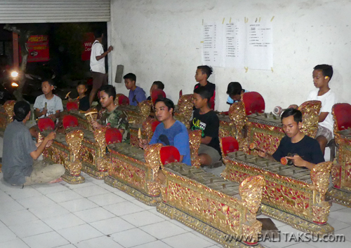 Youth Gamelan Group Starts Practicing Gamelan for Legong Dance