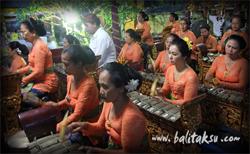 Seka Gong Istri Banjar Kalah, Gurnita Sari グルニタ・スカール・サリ楽団