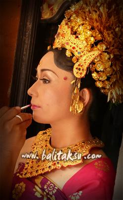 Balinese Makeup Artist Tutca