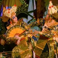 レゴン・スリ・パドマ舞踊 Legong Sri Padma 演奏:デウィ・スリ楽団 Dewi Sri